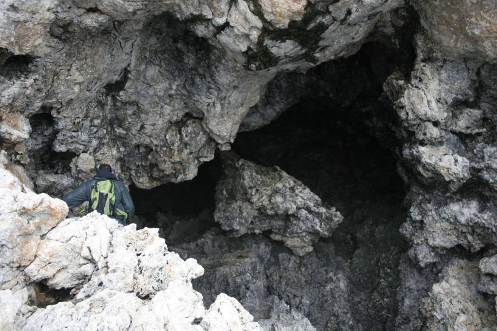 Accès à une grotte paléontologique historique du Cap Pyla pour Haris Nicolaou